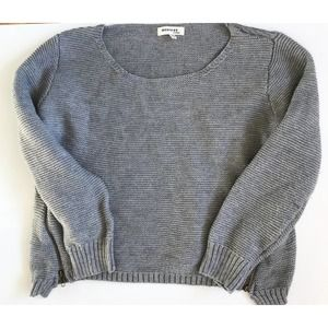 Monteau Gray Crop Sweater Size Large